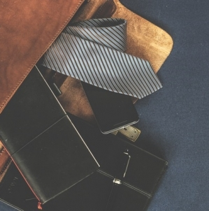 7 Essential Tips for Enhancing your Business Wardrobe