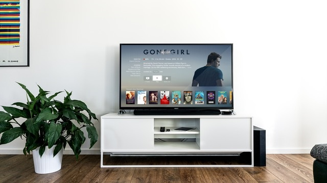 How to Choose a New TV for the Lounge