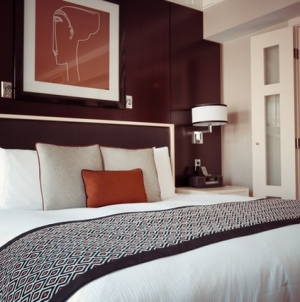 5 Ways To Make Your Room Feel Like A Hotel Suite