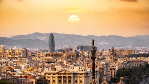 How to Practice Fine Living in Everyday Life in Barcelona?